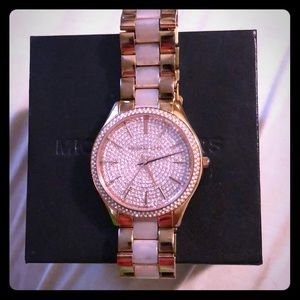 MK over size watch